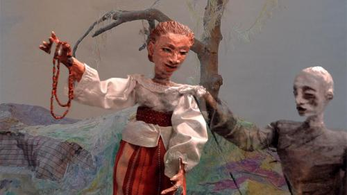 "Francesca Borgatta Articulated Puppets: ""Spectre's Bride"" (still from video)"